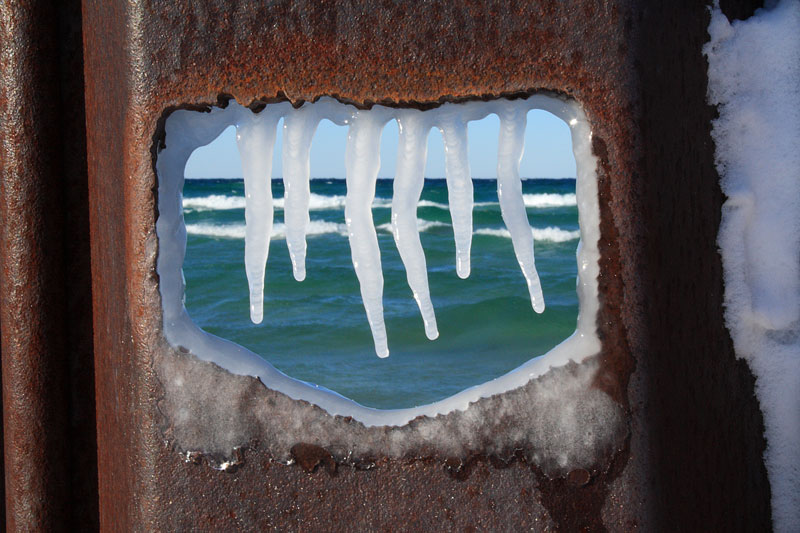 breakwall-ice-big-sable-point-ludington