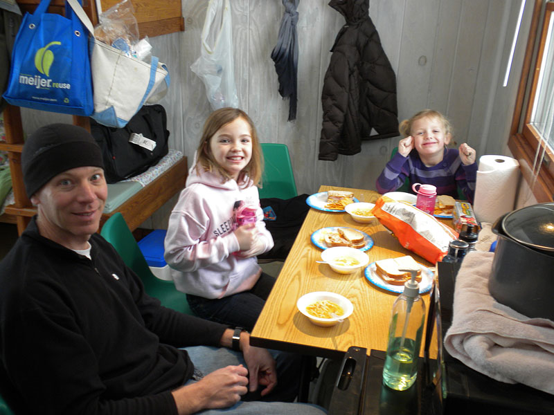 lunch-in-mini-cabin-ludington