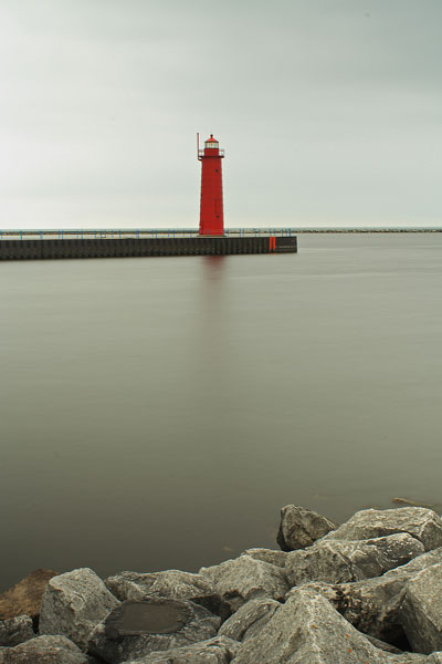 muskegon-harbor-lighthouse-2