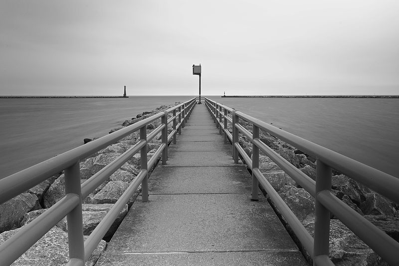 muskegon-mi-harbor-bw