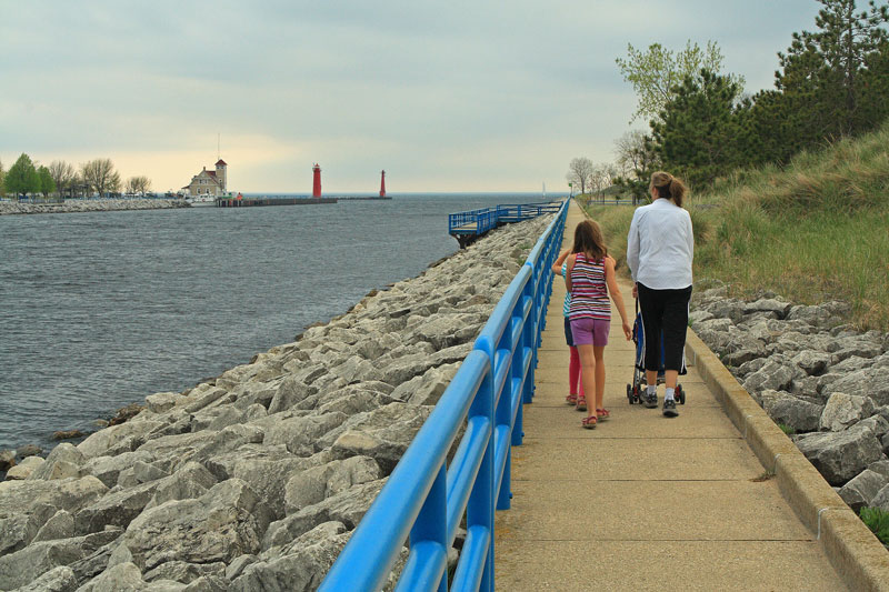 muskegon-state-park-channel-walk