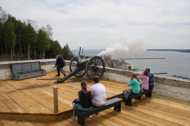 17-canon-firing-fort-mackinac
