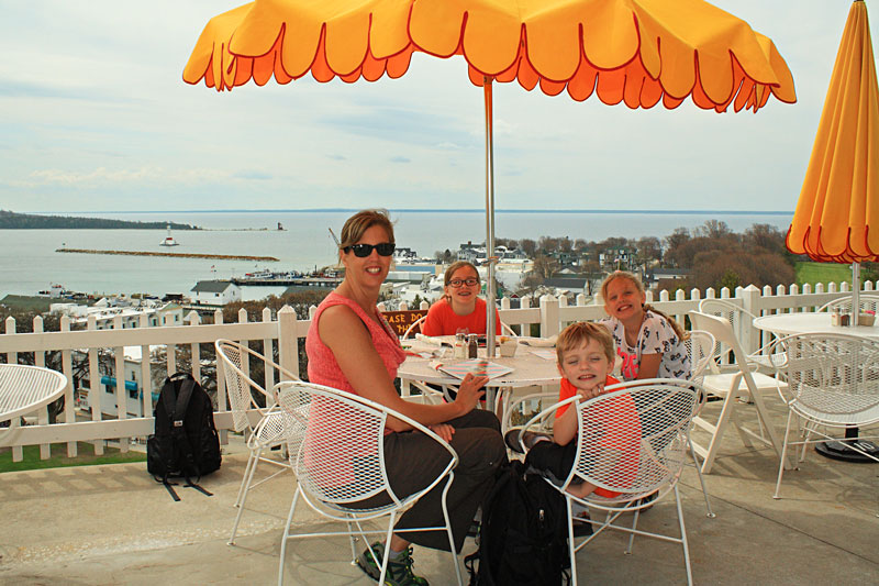 18-lunch-tea-room-fort-mackinac