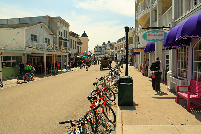 23-downtown-mackinac-isalnd