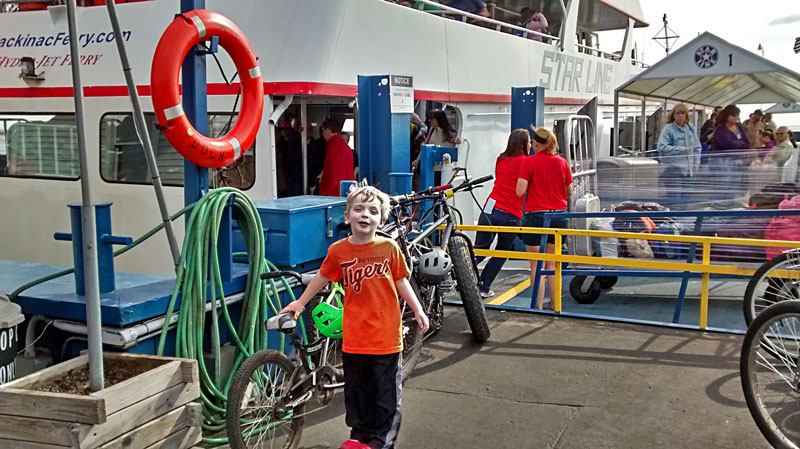 3-star-line-ferry-to-mackinac-island