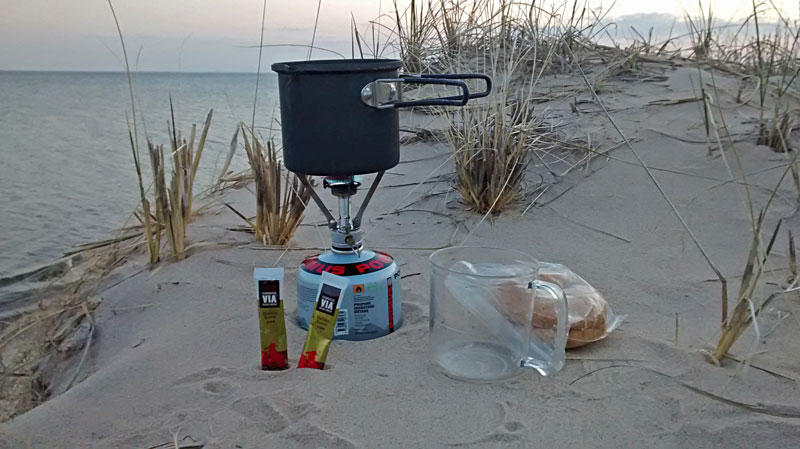 30-backpacker-breakfast-nordhouse-dunes
