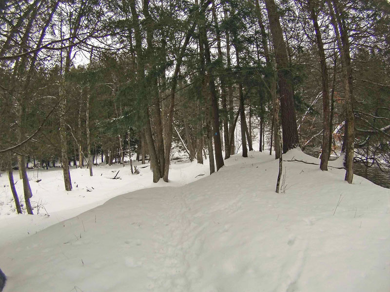 8-dropping-down-to-winter-campsite-silver-creek-path