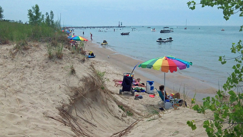 21-beach-day-mears-state-park-pentwater