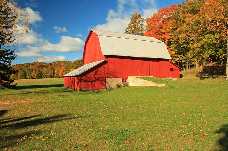 19-olsen-barn-sleeping-bear-heritage-distric