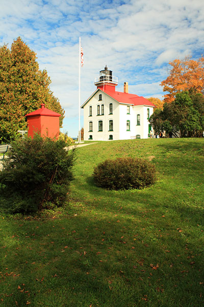 32-grand-traverse-lighthouse-lelanau-state-park